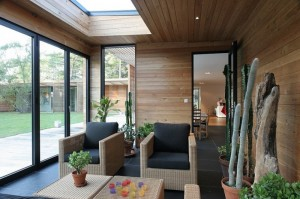Фитодизайн гостиной комнаты шведского дизайнера Johan Sundberg